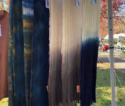 柿渋染を使用した染物のテキスタイルが素敵!染布舎